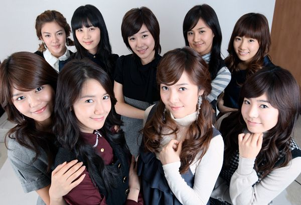 Tags: K-Pop, Girls' Generation, Seohyun, Sunny, Im Yoona, Jessica Jung, Sooyoung, Kwon Yuri, Kim Tae-yeon, Kim Hyo-yeon, Stephanie Young Hwang, Hand On Shoulder