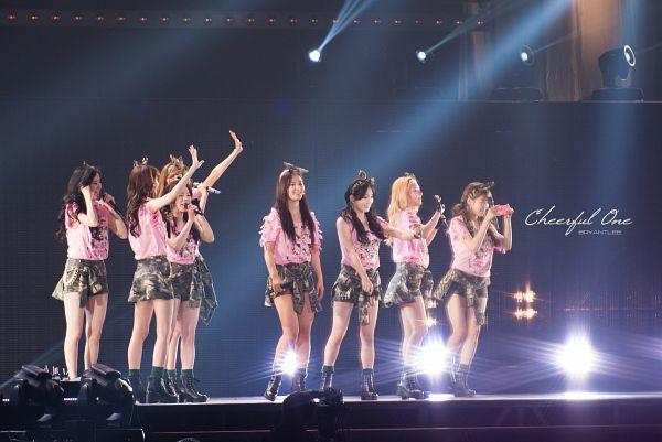 Tags: SM Town, K-Pop, Girls' Generation, Seohyun, Sunny, Im Yoona, Kim Tae-yeon, Kwon Yuri, Kim Hyo-yeon, Sooyoung, Stephanie Young Hwang, Green Shorts