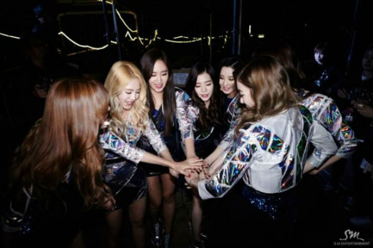 Tags: SM Town, K-Pop, Girls' Generation, Kwon Yuri, Kim Hyo-yeon, Stephanie Young Hwang, Sunny, Seohyun, Sooyoung, Matching Outfit, Live Performance, Tokyo Dome