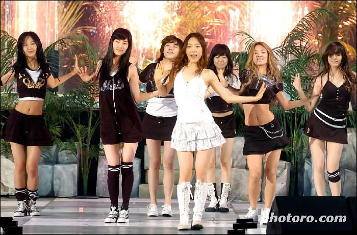 Tags: SM Town, K-Pop, Girls' Generation, Into The New World, Jessica Jung, Kwon Yuri, Kim Tae-yeon, Kim Hyo-yeon, Stephanie Young Hwang, Sunny, Seohyun, Black Skirt
