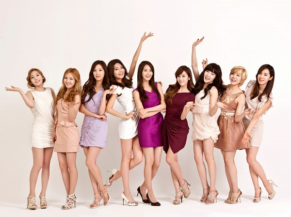 Tags: K-Pop, Girls' Generation, Stephanie Young Hwang, Seohyun, Sunny, Im Yoona, Jessica Jung, Sooyoung, Kwon Yuri, Kim Tae-yeon, Kim Hyo-yeon, Looking Away