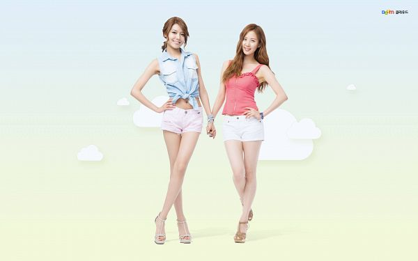 Tags: SM Town, K-Pop, Girls' Generation, Sooyoung, Seohyun, Brown Footwear, Hair Up, Duo, White Footwear, Pink Shirt, Hand On Hip, White Shorts