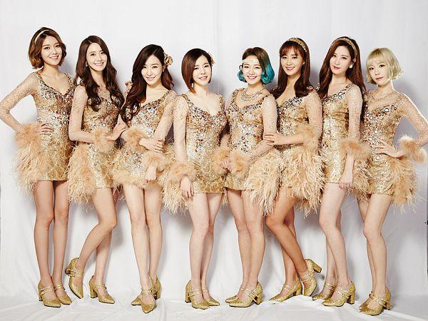 Tags: SM Town, K-Pop, Girls' Generation, Stephanie Young Hwang, Sooyoung, Seohyun, Sunny, Im Yoona, Kim Tae-yeon, Kwon Yuri, Kim Hyo-yeon, High Heels