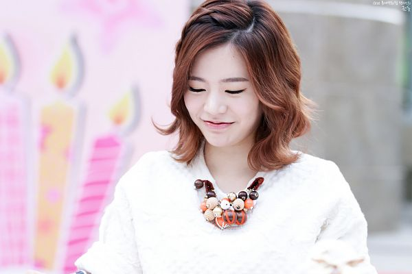 Tags: K-Pop, Girls' Generation, Sunny, Eyes Closed, Necklace, Medium Hair, Fansite Request