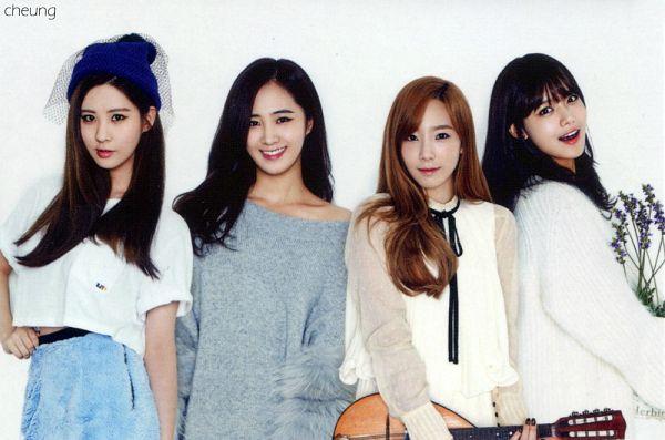 Tags: K-Pop, Girls' Generation, Seohyun, Kwon Yuri, Sooyoung, Kim Tae-yeon, Four Girls, Playing Instrument, Hand On Hip, White Dress, Gray Dress, Hat