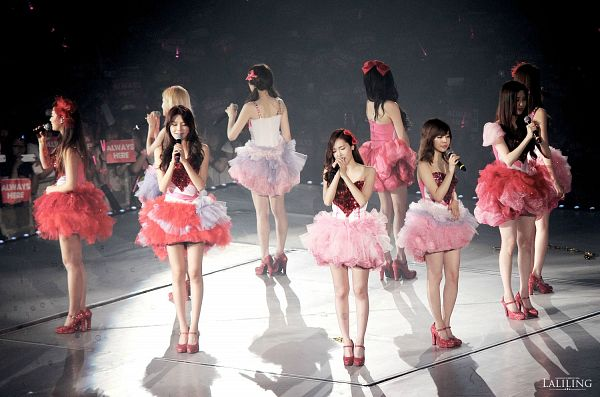 Tags: K-Pop, Girls' Generation, Sooyoung, Kwon Yuri, Kim Tae-yeon, Kim Hyo-yeon, Stephanie Young Hwang, Seohyun, Sunny, Im Yoona, Jessica Jung, Back