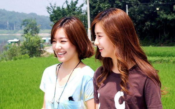 Tags: SM Town, K-Pop, Girls' Generation, Seohyun, Stephanie Young Hwang, HD Wallpaper, Wallpaper