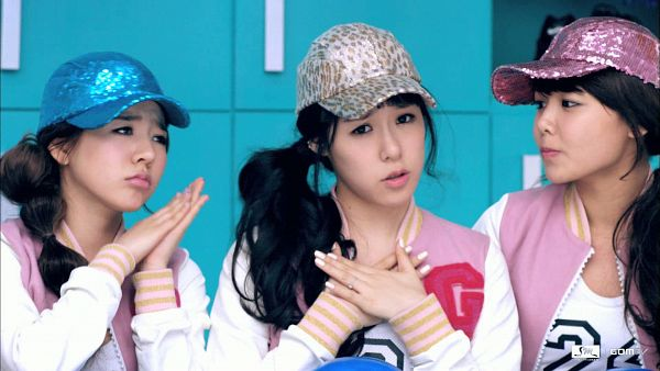 Tags: SM Town, K-Pop, Girls' Generation, Sunny, Sooyoung, Stephanie Young Hwang, Wallpaper, HD Wallpaper