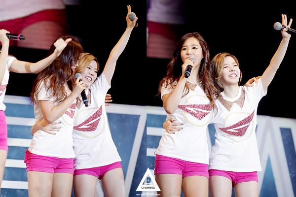 Tags: SM Town, K-Pop, Girls' Generation, Kwon Yuri, Sunny, Covering Mouth, Shorts, Holding Close, Matching Outfit, Pink Shorts, Two Girls, Medium Hair