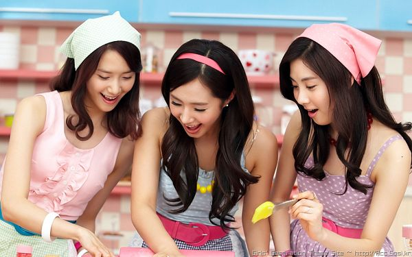 Tags: K-Pop, SM Town, Girls' Generation, Seohyun, Im Yoona, Kwon Yuri
