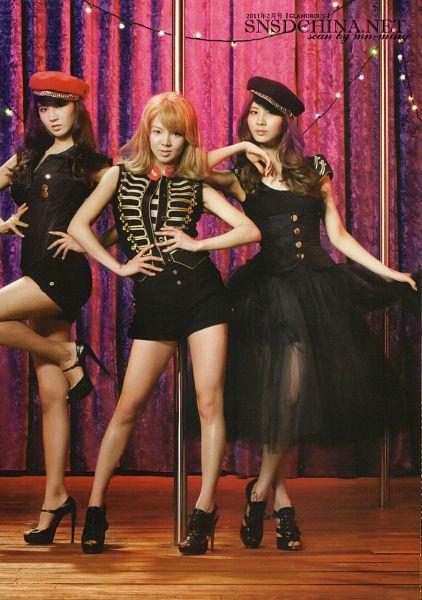Tags: K-Pop, SM Town, Girls' Generation, Kwon Yuri, Kim Hyo-yeon, Seohyun
