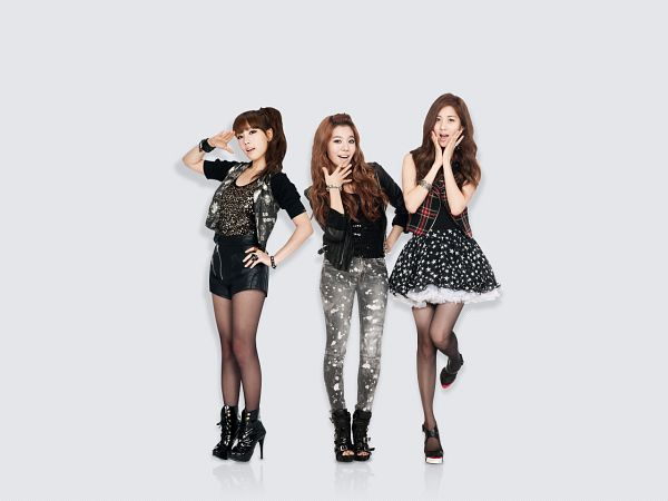 Tags: SM Town, K-Pop, Girls' Generation, Seohyun, Sunny, Kim Tae-yeon
