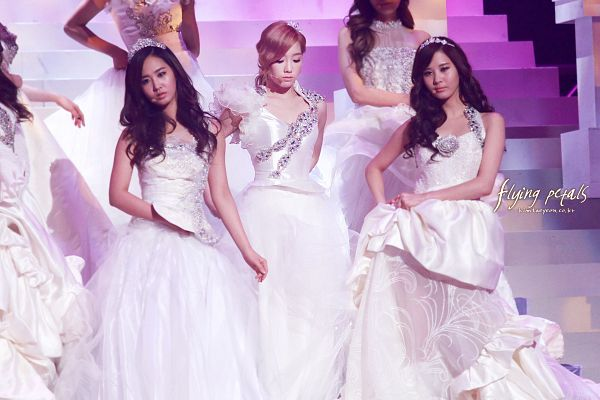 Tags: K-Pop, Girls' Generation, The Boys, Seohyun, Kwon Yuri, Kim Tae-yeon, Eyes Closed, Stairs, Tiara, White Outfit, Sleeveless, Sleeveless Dress