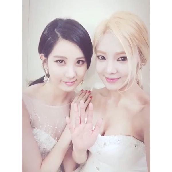 Tags: SM Town, K-Pop, Girls' Generation, Kim Hyo-yeon, Seohyun, White Outfit, Blonde Hair, Two Girls, White Dress, Duo