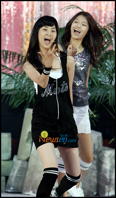 Tags: SM Town, K-Pop, Girls' Generation, Into The New World, Seohyun, Sooyoung, Black Dress, Two Girls, Looking Away, Duo, Looking Ahead, Knee Socks