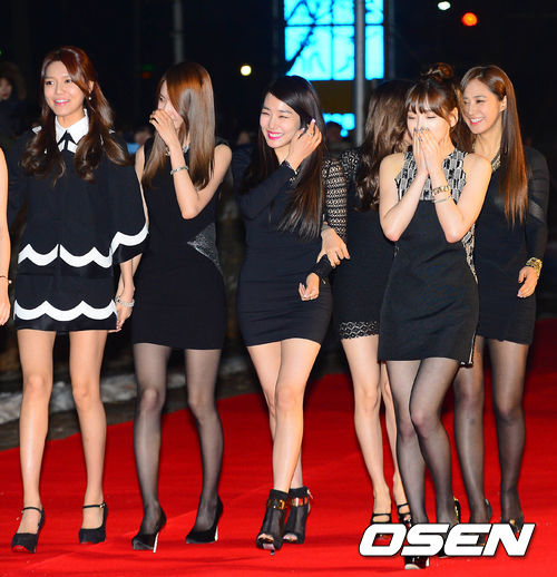 Tags: SM Town, K-Pop, Seoul Music Awards, Girls' Generation, Kim Tae-yeon, Im Yoona, Kwon Yuri, Sooyoung, Stephanie Young Hwang, Sunny, High Heels, Black Footwear