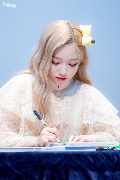 Tags: K-Pop, LOOΠΔ, Go Won, Looking Down, Blonde Hair, Stuffed Toy, Make Up, Wavy Hair, CD (Object), Blue Background, Buttons, Lace