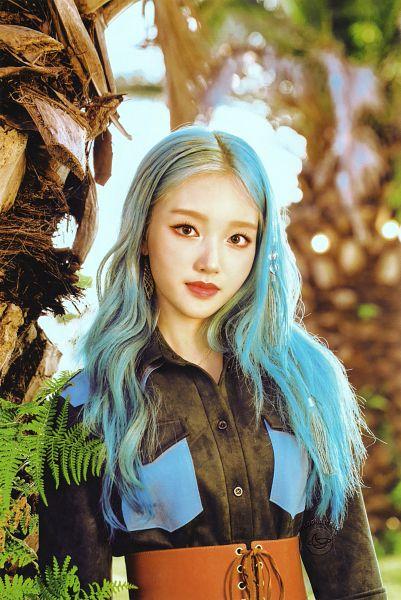 Tags: K-Pop, LOOΠΔ, Go Won, Blue Hair, Scan, [12:00]