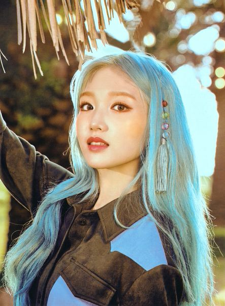 Tags: K-Pop, LOOΠΔ, Go Won, Blue Hair, Scan, [12:00]