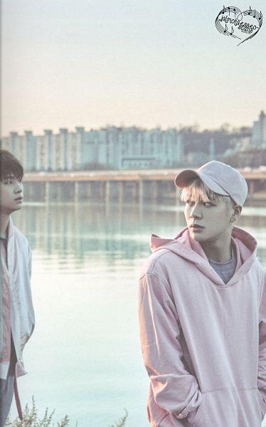 Tags: K-Pop, Got7, JB, Jackson, Hoodie, Two Males, Hand In Pocket, Duo, Blonde Hair, Pink Shirt, Flight Log: Departure, Scan