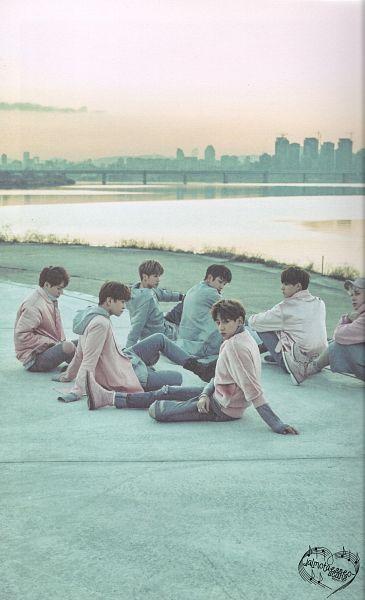 Tags: K-Pop, Got7, Mark, BamBam, Jackson, JB, Park Jinyoung (Junior), Choi Youngjae, Kim Yugyeom, Hoodie, River, Pink Jacket