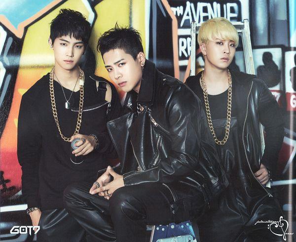 Tags: JYP Entertainment, K-Pop, Got7, Jackson, JB, Choi Youngjae, Necklace, Three Males, Black Pants, Trio, Serious, Scan