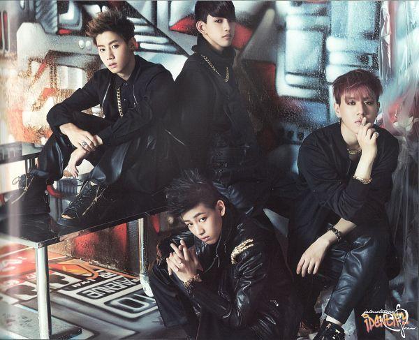 Tags: JYP Entertainment, K-Pop, Got7, Mark, Kim Yugyeom, BamBam, Park Jinyoung (Junior), Quartet, Four Males, Black Pants, Serious, Scan