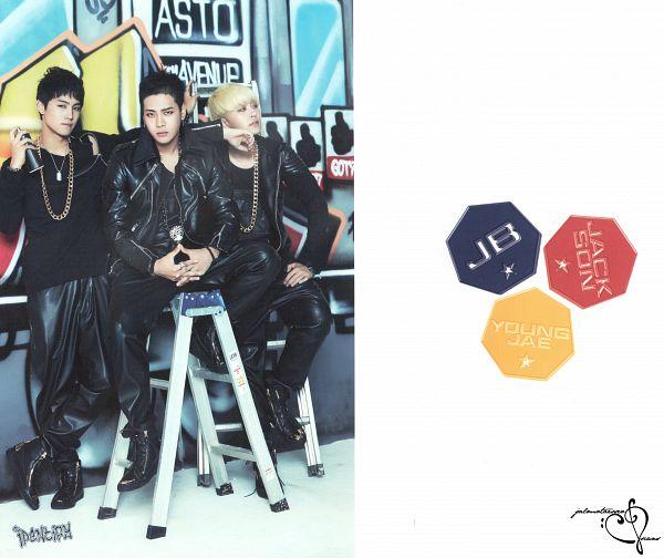 Tags: JYP Entertainment, K-Pop, Got7, JB, Choi Youngjae, Jackson, Three Males, Ladder, Serious, Black Pants, Trio, Stairs