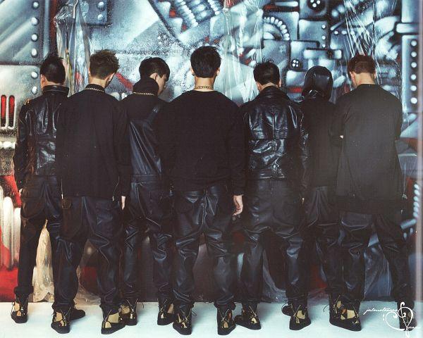Tags: JYP Entertainment, K-Pop, Got7, Choi Youngjae, Kim Yugyeom, Mark, BamBam, Jackson, JB, Park Jinyoung (Junior), Back, Black Pants