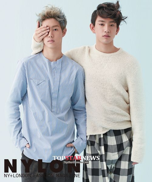 Tags: K-Pop, Got7, Park Jinyoung (Junior), Mark, Sweater, Duo, Blue Background, Checkered Pants, Blue Shirt, Covering Eyes, Two Males, Checkered