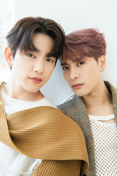 Tags: K-Pop, Got7, Park Jinyoung (Junior), Jackson, Duo, Pink Hair, Two Males, Serious, Dispatch