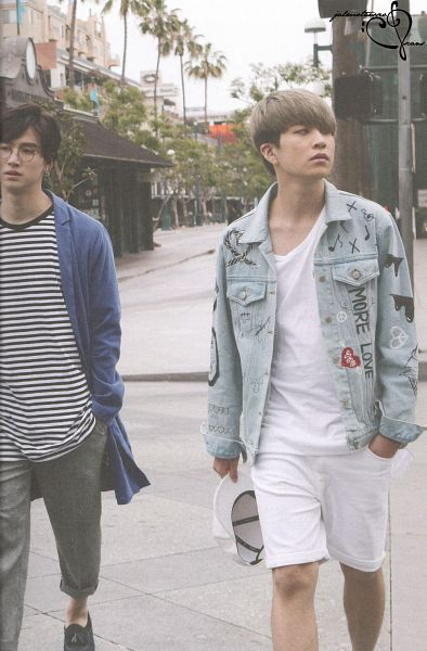 Tags: K-Pop, Got7, JB, Choi Youngjae, Duo, Gray Pants, Hand In Pocket, Palm Tree, Tree, Serious, Glasses, Hat Off