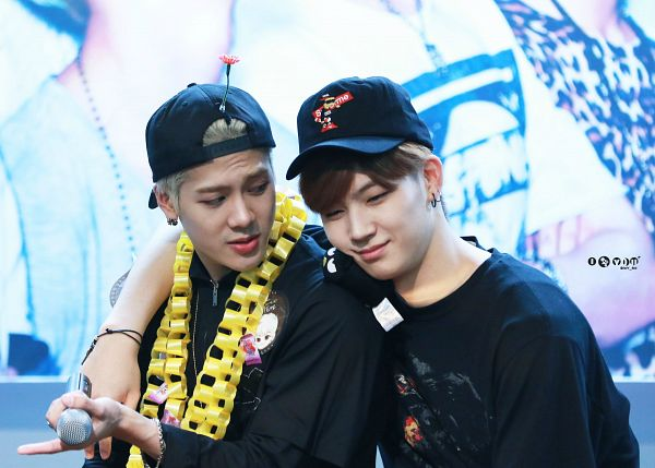 Tags: K-Pop, Got7, JB, Jackson, Duo, Looking At Another, Two Males, Hat, Arm Around Shoulder, Wallpaper