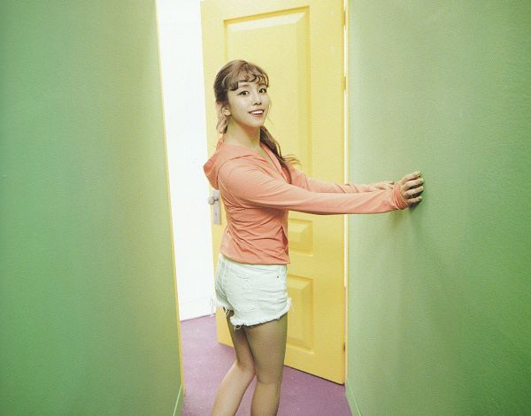 Tags: K-Pop, Berry Good, Bibbidi Bobbidi Boo, Gowoon, Ponytail, Shorts, White Shorts, Door, Hair Up, Orange Shirt, Self Scanned, Scan