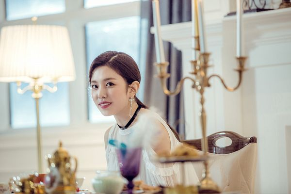 Tags: K-Pop, Berry Good Heart Heart, Berry Good, Crazy Gone Crazy, Gowoon, Sitting On Chair, Chair, Teapot, Candelabrum, Lamp, Window, Fireplace