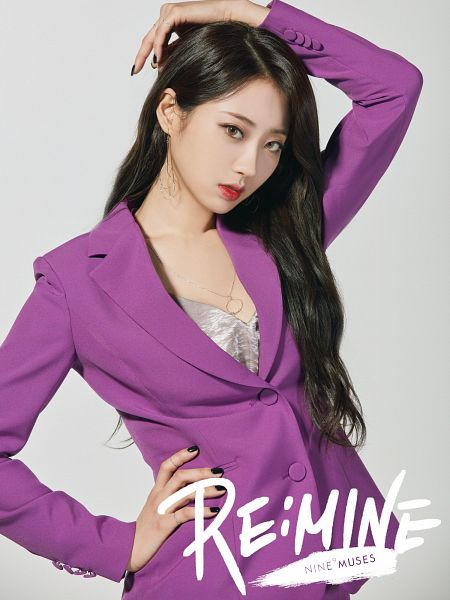 Tags: K-Pop, Nine Muses, Gyeongree, Arms Up, Hand On Hip, Make Up, Nail Polish, Contact Lenses, Red Lips, Close Up, Purple Shirt, Gray Background