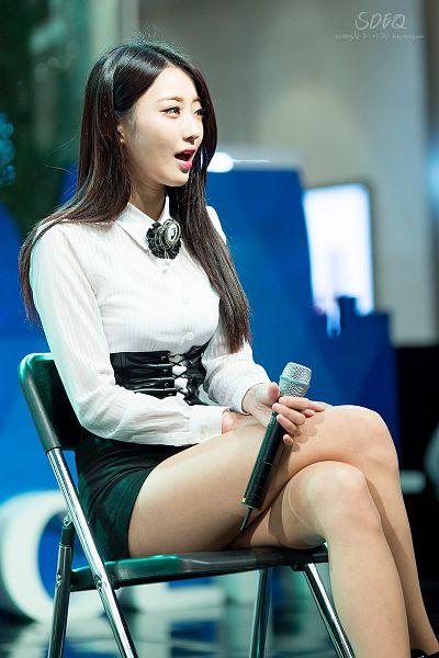 Tags: K-Pop, Nine Muses, Gyeongree, Sitting On Chair, Crossed Legs, Shorts, Hand On Leg, Chair, Bare Legs, Black Eyes, Leather Shorts, Black Neckwear