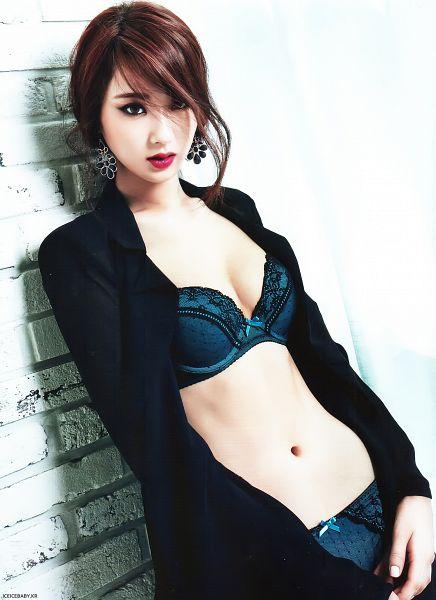 Tags: K-Pop, Nine Muses, Gyeongree, Midriff, Lingerie, Navel, Black Jacket, Bra, Topless (Female), Leaning On Wall, Suggestive, Panties