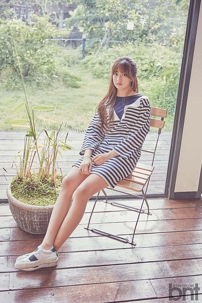 Tags: K-Pop, I.B.I, Han Hyeri, Chair, Window, Blunt Bangs, Sitting On Chair, Plant, International Bnt, Magazine Scan