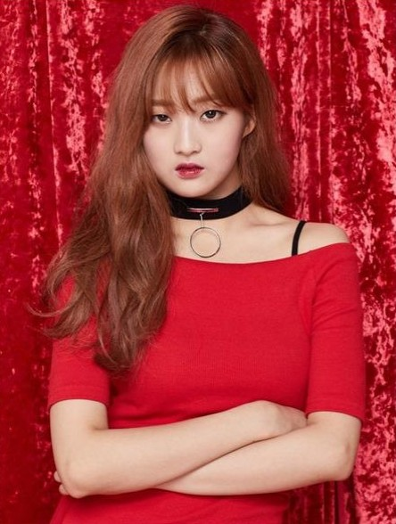 Tags: K-Pop, K-Drama, I.B.I, Han Hyeri, Serious, Choker, Crossed Arms, Red Outfit, Red Background, Red Lips, Wavy Hair, Red Dress