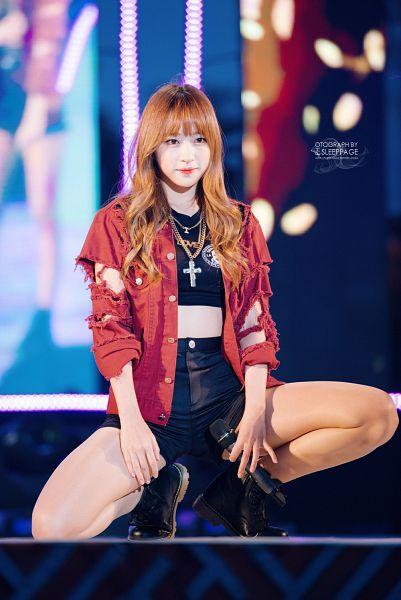 Tags: K-Pop, EXID, Hani, Looking Ahead, Kneeling, Bare Legs, Shorts, Red Jacket, Necklace, Black Footwear, Red Outerwear, Boots