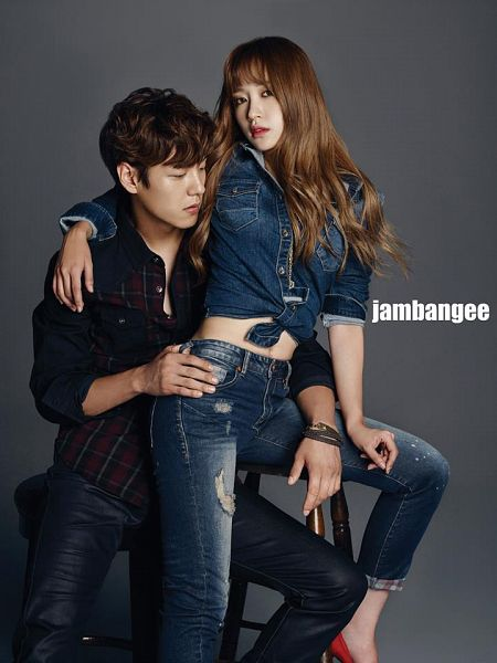Tags: K-Drama, K-Pop, EXID, Kwak Si-yang, Hani, Looking Down, Bracelet, Checkered Shirt, Hand On Hip, Hand On Leg, Chair, Black Shirt