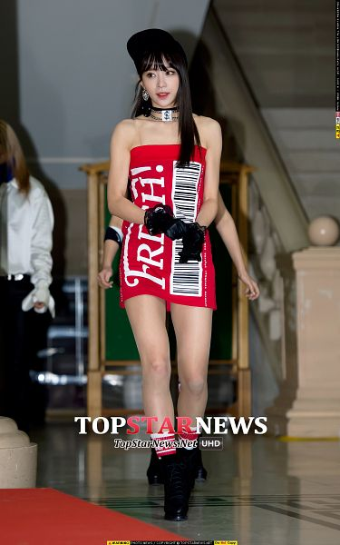 Tags: K-Pop, EXID, Hani, Choker, Black Headwear, Sleeveless, Black Footwear, Bare Shoulders, High Heels, Red Outfit, Bare Legs, Gloves