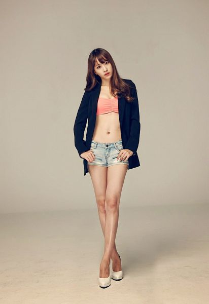 Tags: K-Pop, EXID, Hani, Suggestive, Shorts, Bare Legs, Cleavage, Crossed Legs (Standing), Jeans, Gray Background, Midriff, Denim Shorts