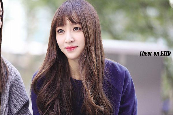 Tags: K-Pop, EXID, Hani, Cute, Blue Shirt, Wallpaper
