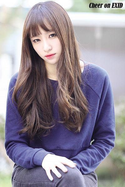 Tags: K-Pop, EXID, Hani, Blue Shirt