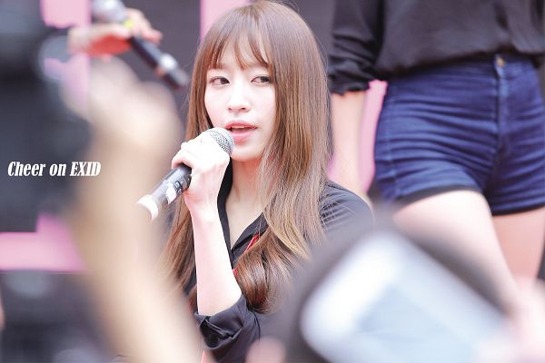 Tags: K-Pop, EXID, Hani, Tie, Live Performance, Wallpaper