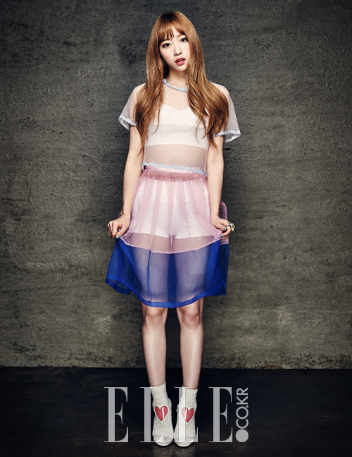 Tags: K-Pop, EXID, Hani, Socks, White Footwear, Text: Magazine Name, White Legwear, Midriff, White Skirt, Full Body, Elle Korea