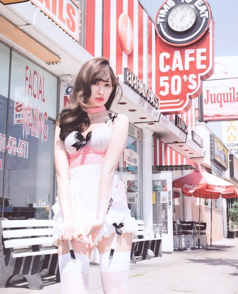 Tags: J-Pop, AKB48, Haruna Kojima, White Skirt, Bare Shoulders, Suggestive, Bare Legs, Thigh Highs, Collarbone, Choker, Lingerie, Outdoors