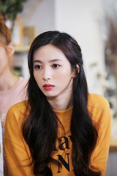 Tags: K-Pop, Cherry Bullet, Heo Jiwon